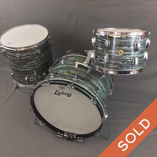 1966 Ludwig Blue Oyster  Drum Set 22/13/16